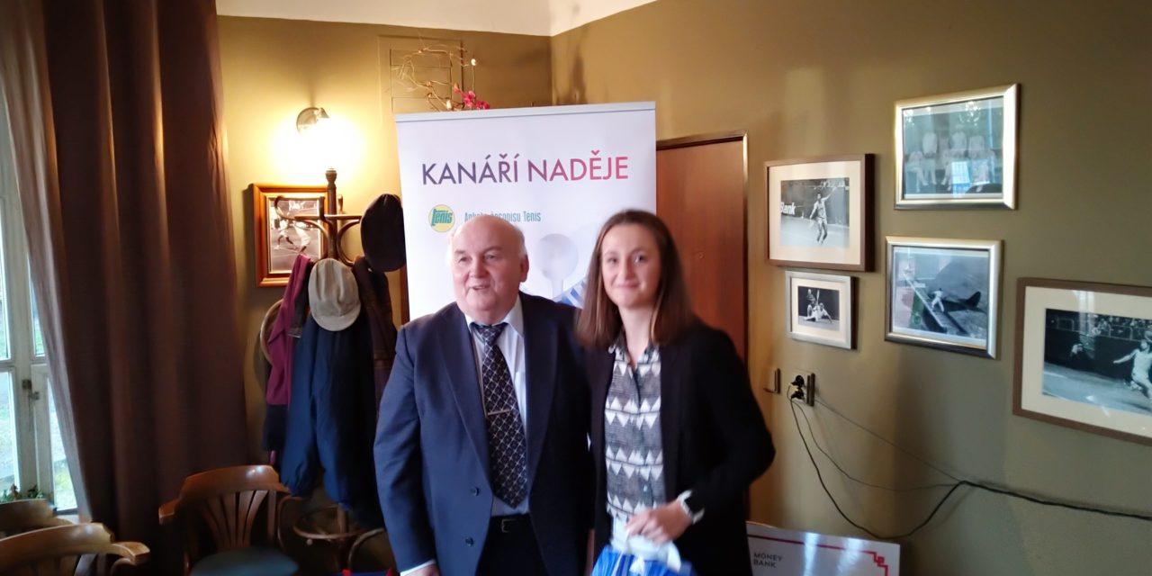 https://www.tkslaviaplzen.cz/wp-content/uploads/2020/01/karolina-novakova-kanari-nadeje-2019-1280x640.jpg